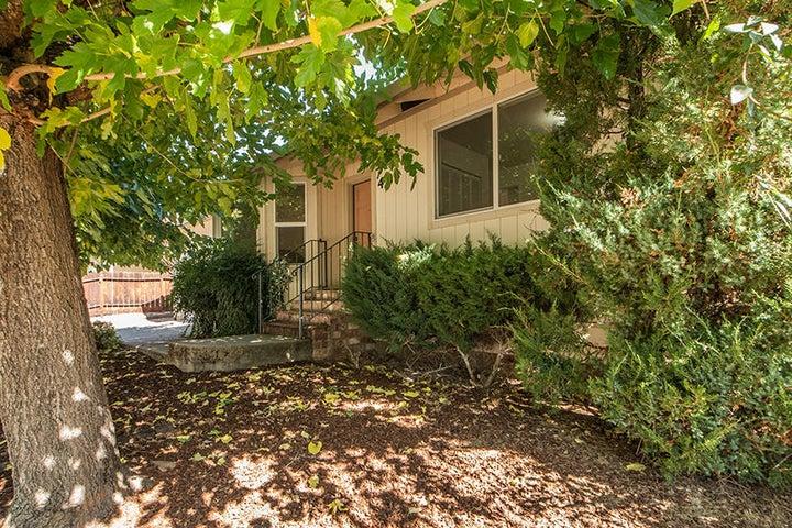40 Kelso Avenue, Weaverville, CA 96093