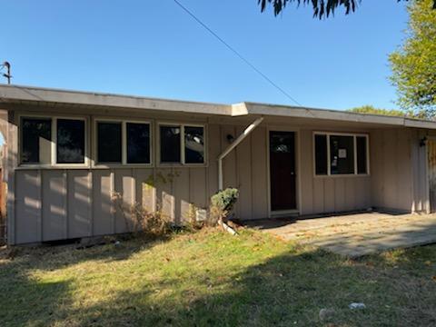 848 W Henderson Street, Eureka, CA 95501