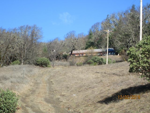740 County Line Creek Road, Mad River, CA 95552