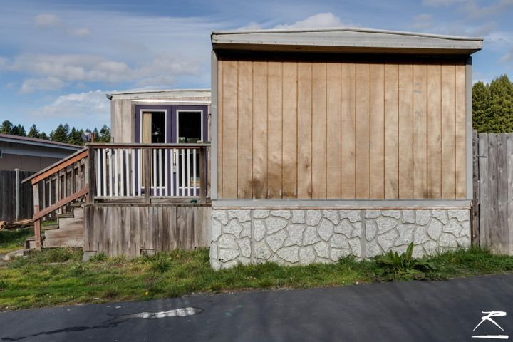 3656 Old Arcata Road, Eureka, CA 95503