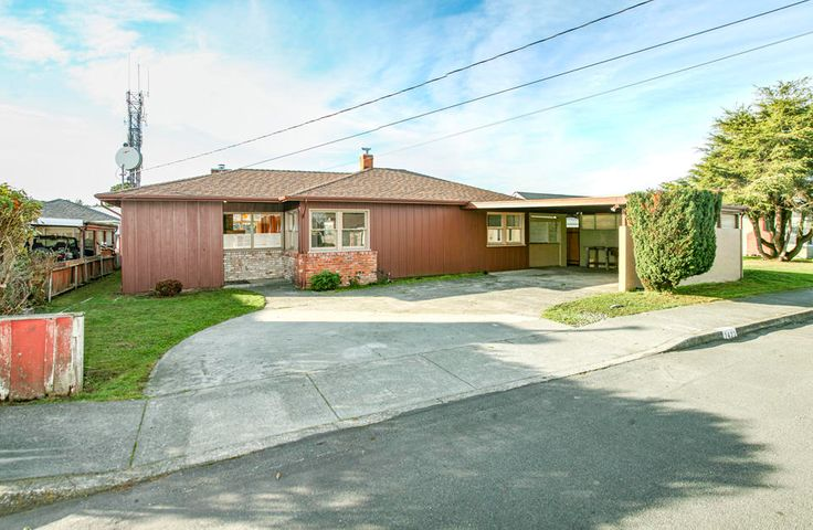 2422 Ohio Street, Eureka, CA 95501