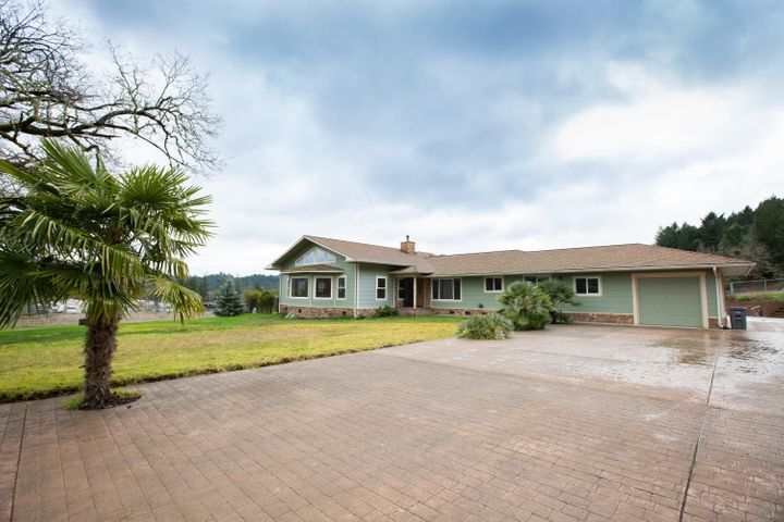 410 Old Briceland Road, Garberville, CA 95542