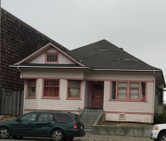 1017 4th Street, Eureka, CA 95501