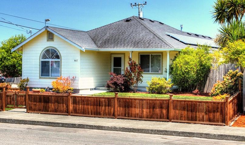 907 O Street, Eureka, CA 95501