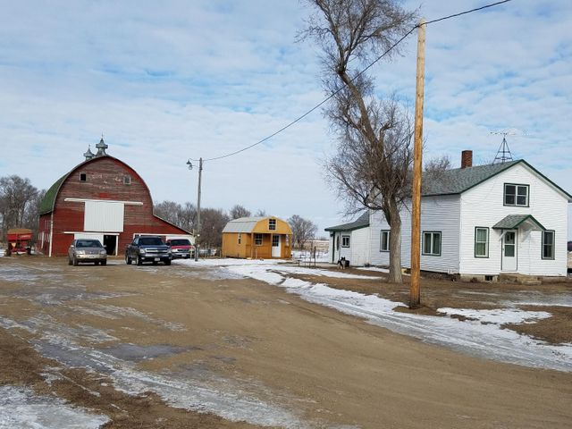 39246 200th St, Wolsey, SD 57350