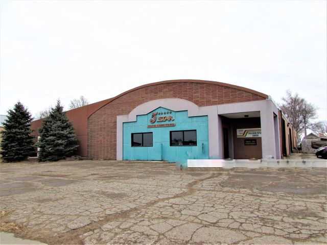 800 Dakota Ave N, Huron, SD 57350