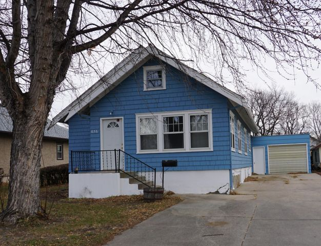 656 Dakota Ave N, Huron, SD 57350