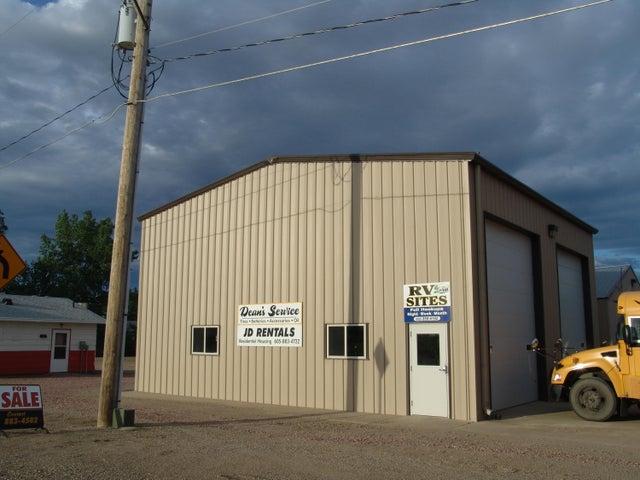 340 Commercial Ave NE, Wolsey, SD 57384