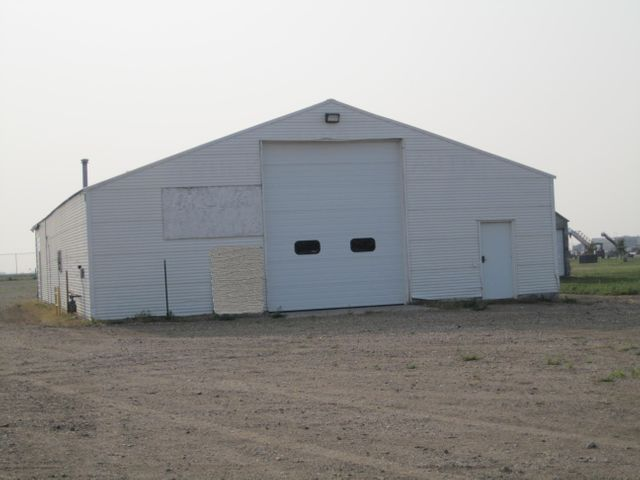 1229 Dakota Ave N, Huron, SD 57350
