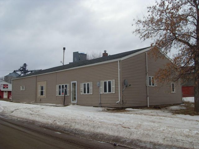 217 2nd St, Yale, SD 57386