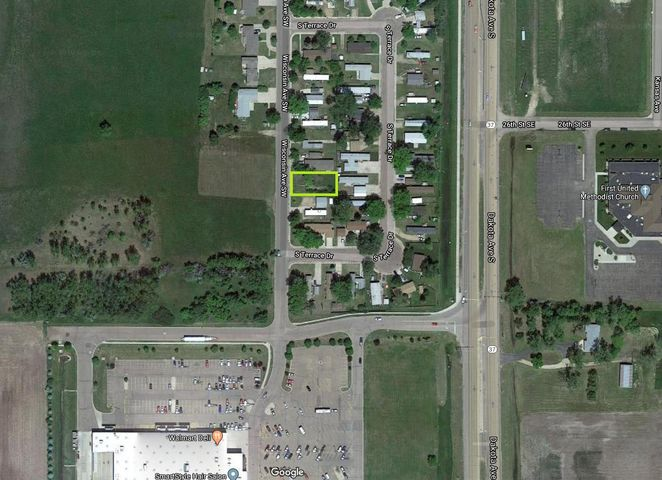Wisconsin Ave SW, Huron, SD 57350