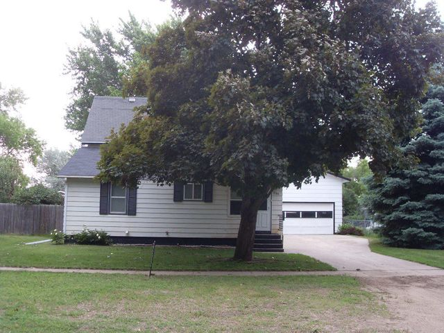 1367 2nd St SW, Huron, SD 57350