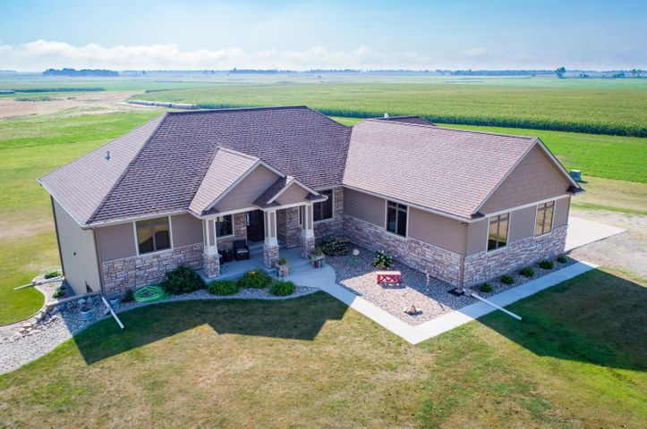 2012 Custom Built Home! Country Living - Right on the Edge of Town!