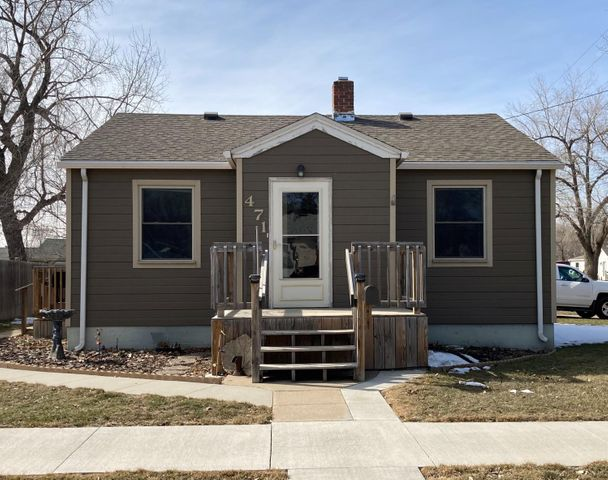 471 Ohio Ave NW, Huron, SD 57350