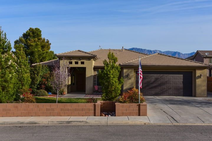 316 W 2350 S, Washington, UT 84780