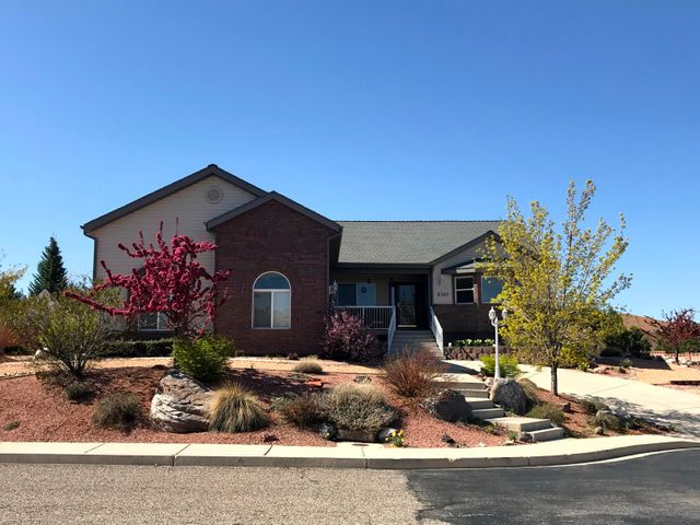 2321 W Cody DR, Cedar City, UT 84720