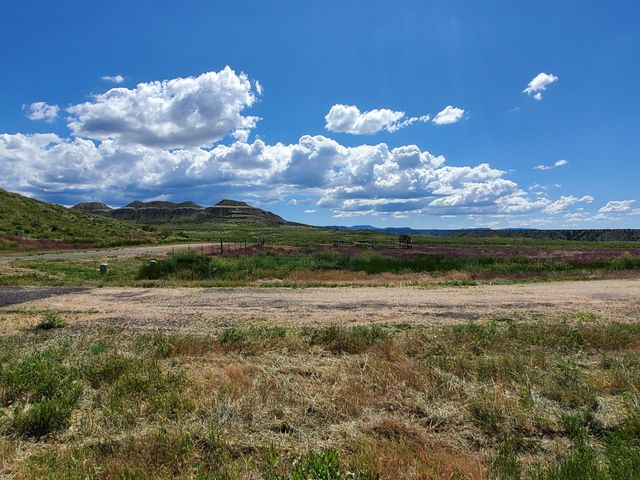 974 N 300 East, Tropic, UT 84776