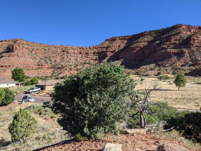 1084 Country Club Dr, Kanab UT 84741