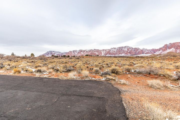 1312 W Willow Springs Way, Ivins UT 84738