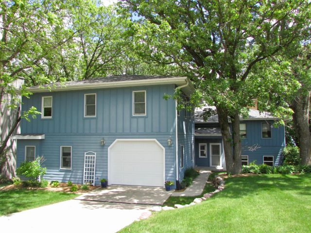 16540 N Inner Lane, Spirit Lake, IA 51360