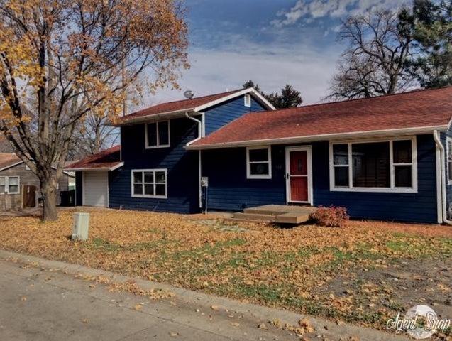 144 Iowa Street, Arnolds Park, IA 51331