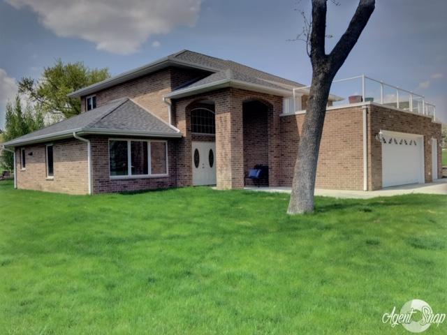 15695 Landings Avenue, Spirit Lake, IA 51360