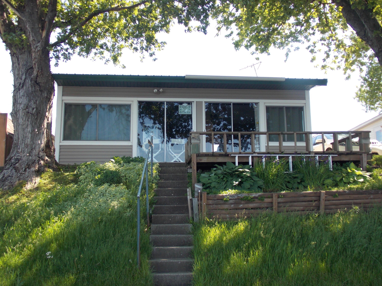 10703 Crowley Avenue, Spirit Lake, IA 51360