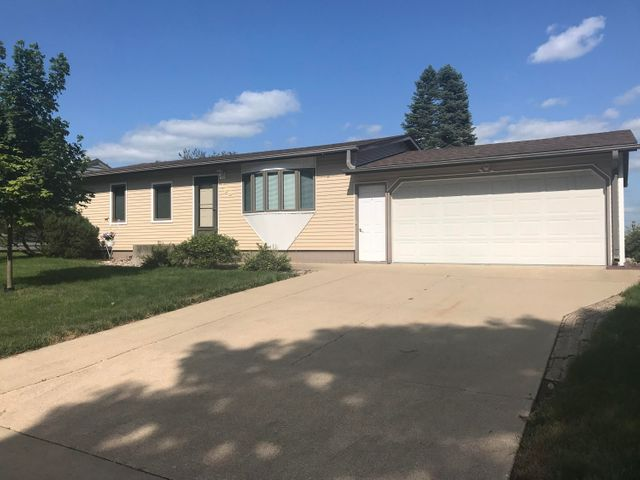 308 N 19th Street, Estherville, IA 51334