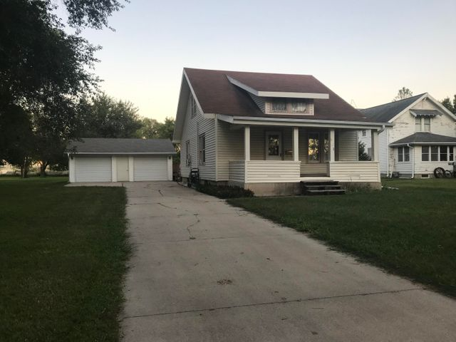 602 S 15th Street, Estherville, IA 51334