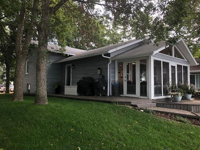 25151 McClelland Drive, Spirit Lake, IA 51360