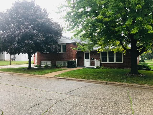402 N 14th Street, Estherville, IA 51334
