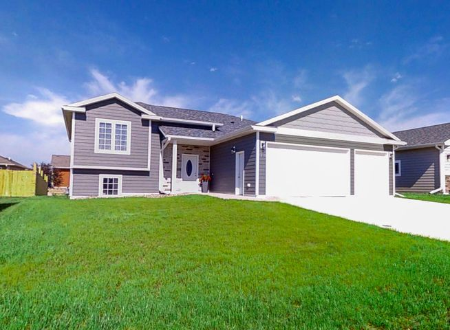 3730 Keokuk Avenue, Spirit Lake, IA 51360