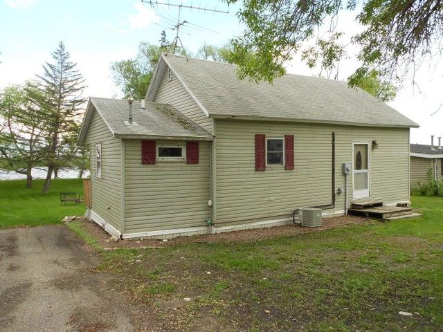 112 Lake Avenue N, Sibley, ND 58429
