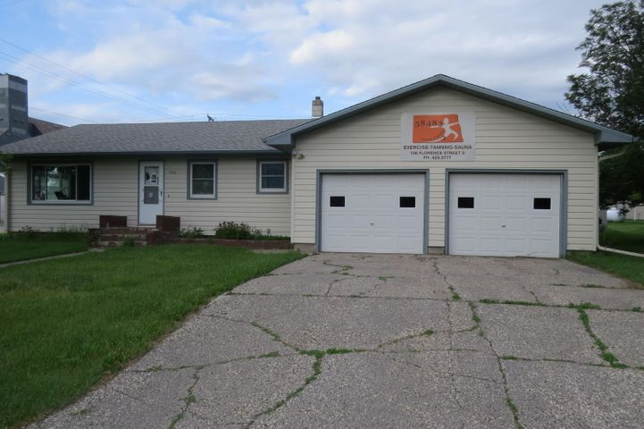 106 Florence St S, Streeter, ND 58483