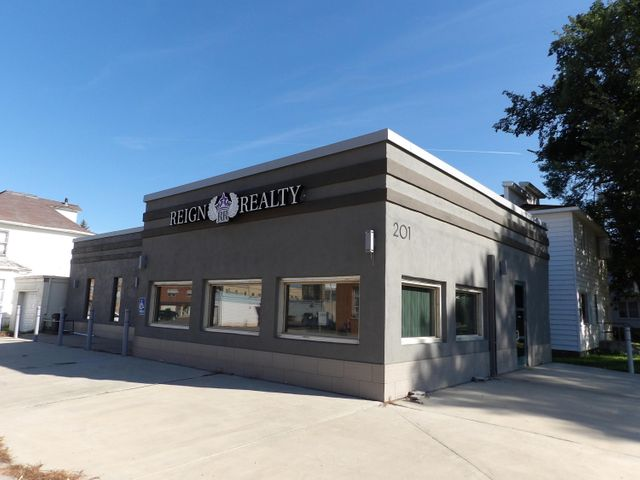 201 Central Avenue S, Valley City, ND 58072