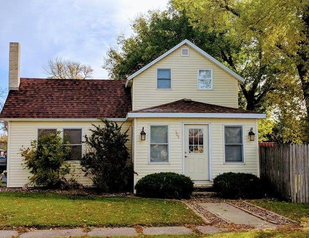 105 Wilcox Avenue N, Buffalo, ND 58011