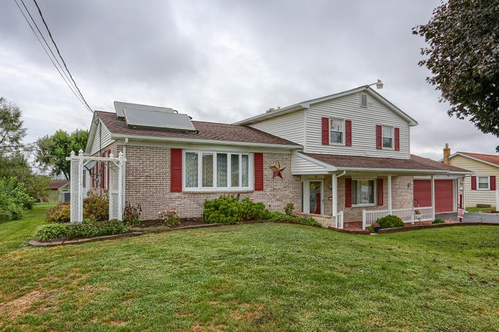 113 HARRISTOWN ROAD, PARADISE, PA 17562