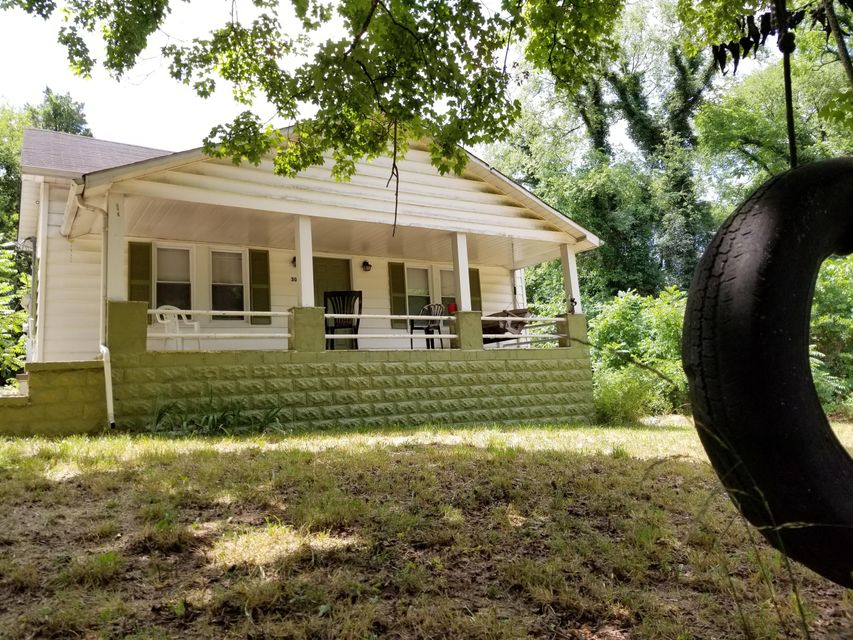 Cozy cottage in the heart of Strawberry Plains. Many recent updates including:new electrical, replaced water lines and drains, new kitchen floors, walls, and sub floor, Remodeled master bath, new carpet, new ceiling fans, 2 new exterior doors, new windows and siding within last 5 years. Excellent opportunity for investors.