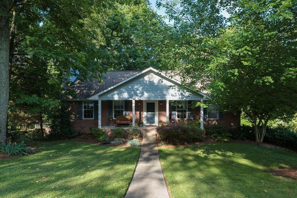 Nature lovers don't miss out on this one! New HVAC w/ transferable warranty. Roof 2011. 2 water heaters so you'll never run out! Zoned for Ballcamp,Karns,& HVA HS. Main floor has vaulted ceilings and wood floor in dining area. Granite counters and tile floor in kitchen. 3 beds/2 full baths upstairs. Lower level walkout has spacious bonus room, full bath, storage under stairs, laundry, and oversized 2 car garage. Double decks make for great outdoor entertaining. Property extends into wooded area & has fun trails for kids or just to get out and enjoy some quiet nature.