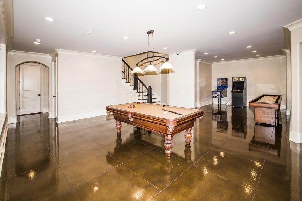 lower level billiard area