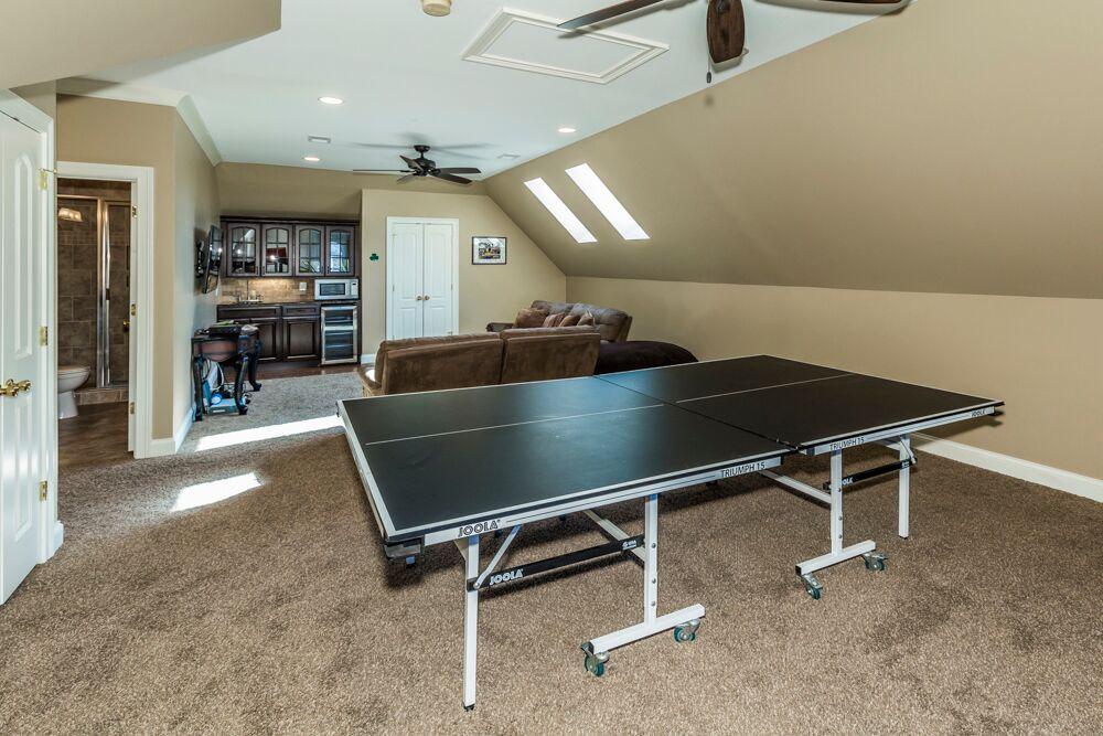 upper level bonus room game area