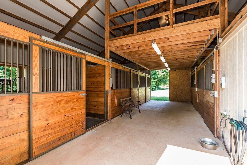 Morton Barn 5 stalls