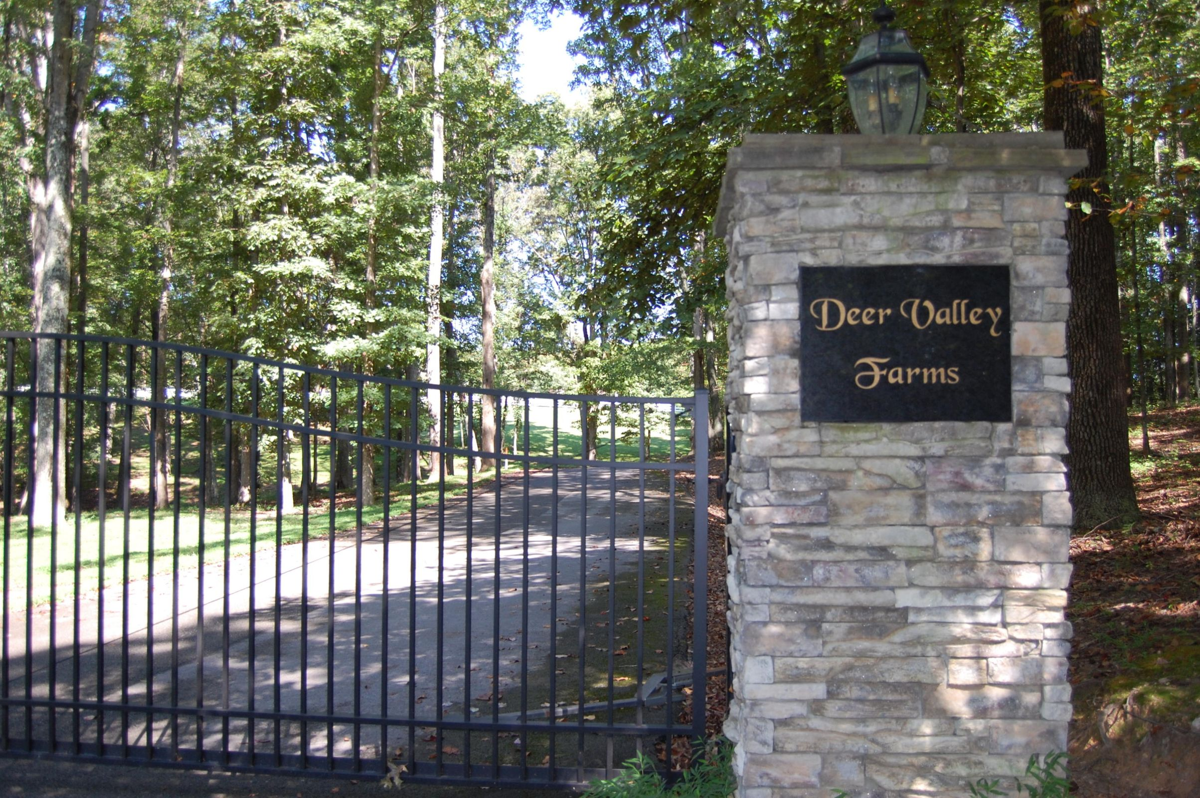 DeerValleyFarms-Gate