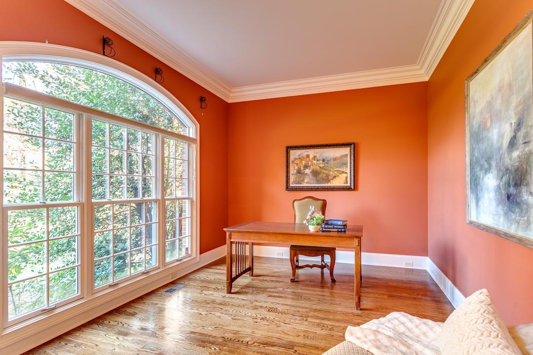 Office/Formal Living Room