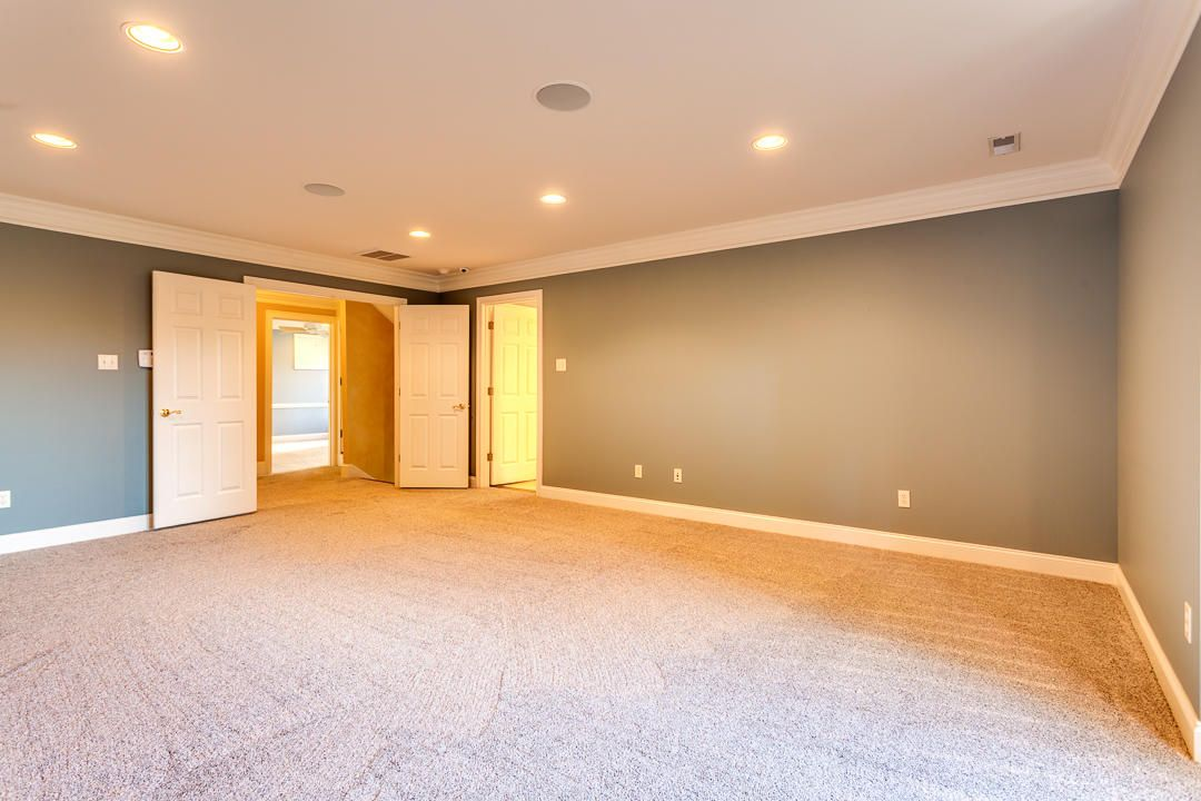 Main Master Suite - Upper Level