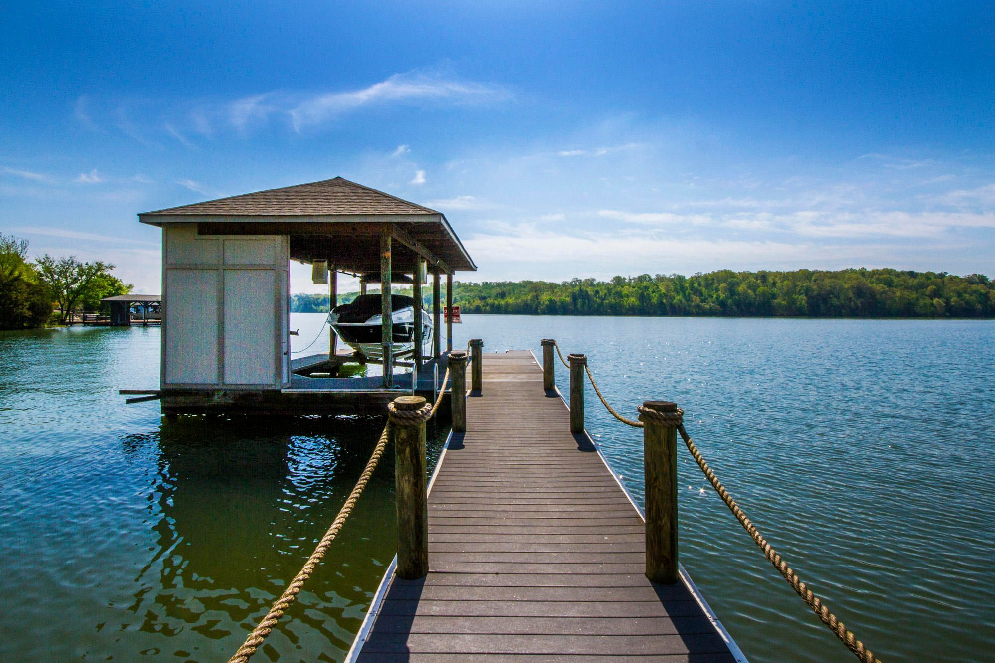 Dock w/Boat & Jet Ski Lift!