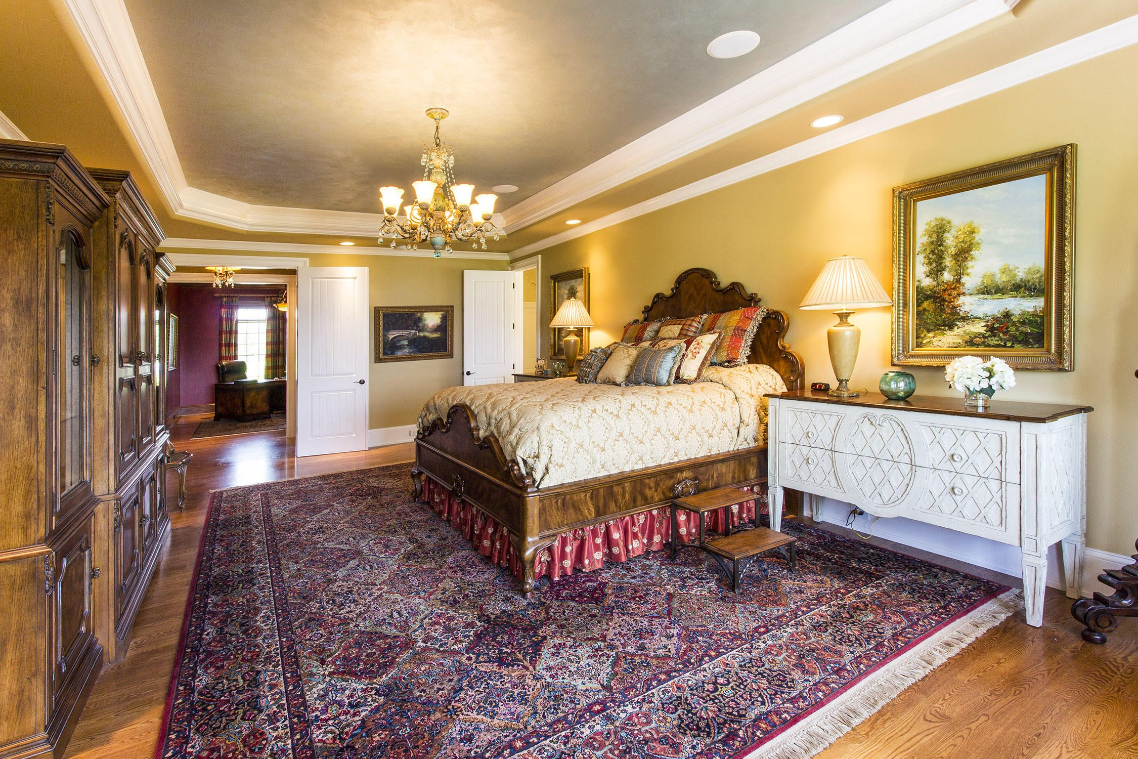 Master Suite on Main Leve