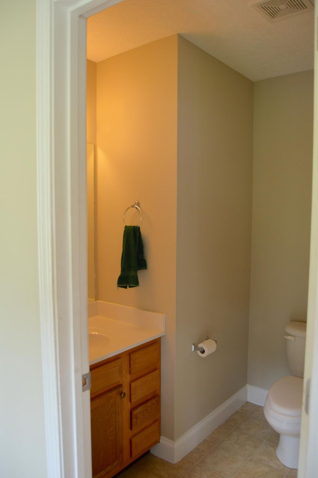 Half bath on main flr