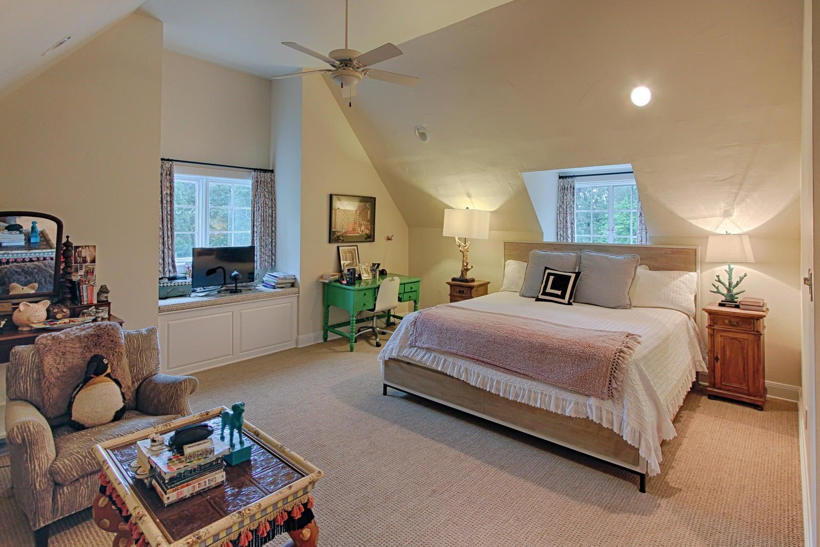 bedrm 4 suite