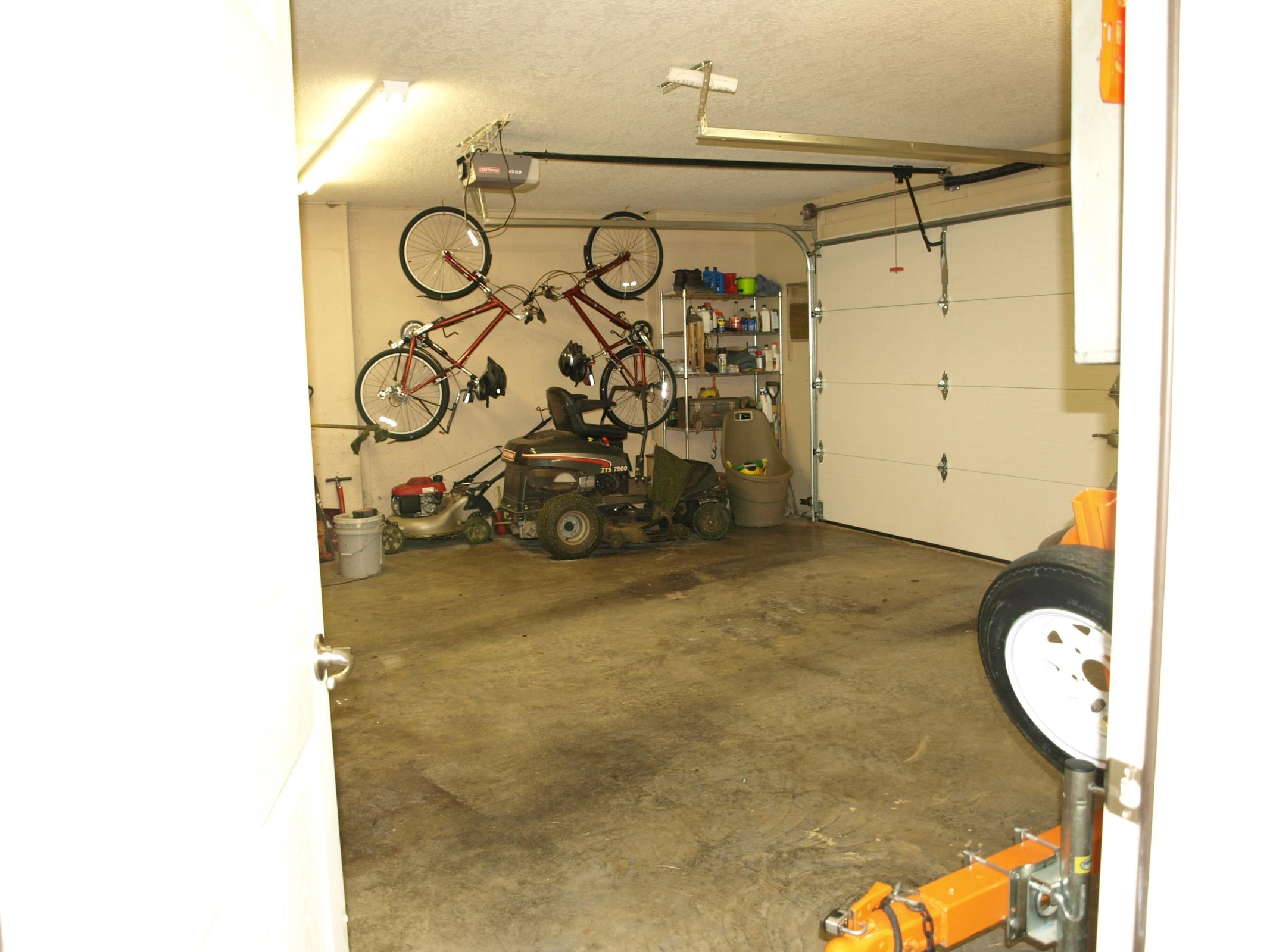 bonus 3rd garage - basement level